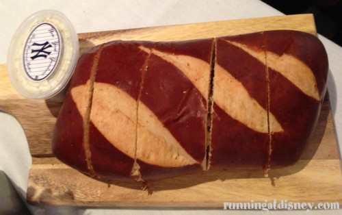 018 NYY_Bread