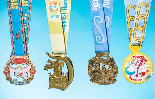 Medals Revealed for 2013 Disneyland Half Marathon Weekend!