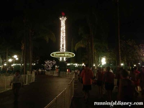 001 DLHalf-Downtown-Disney