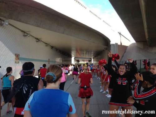 038 DLHalf-Cheerleaders