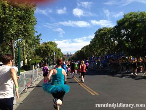 049 DLHalf-Finish-Line