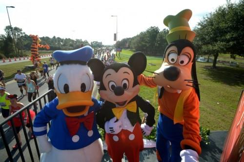 wdw-mickey-donald-goofy