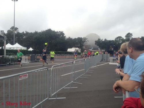 runDisney-ChEAR-Squad-WDW-Marathon1