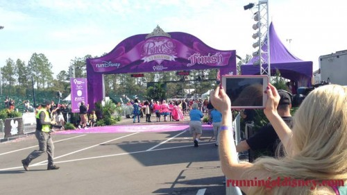 runDisney-Princess-Half-Last-Finishers-7