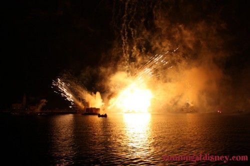 Illuminations- Fireworks-Disney-1