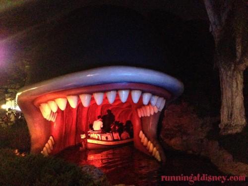 Disneyland-Love-Canal-Boats