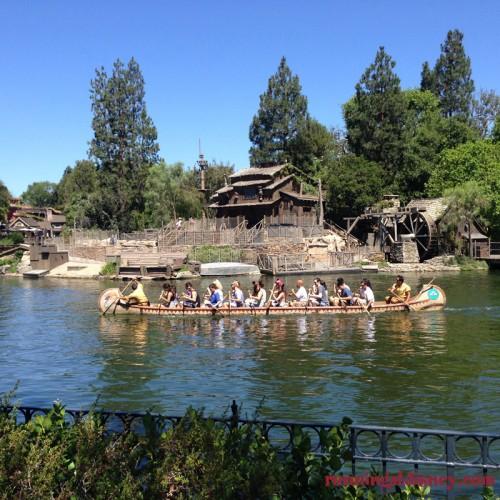 Disneyland-Love-Canoes
