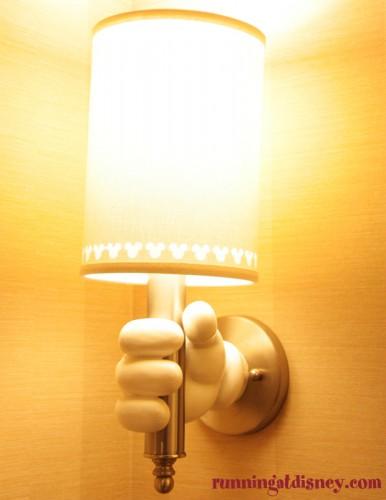 Disneyland-Love-Disneyland-Hotel-Lights