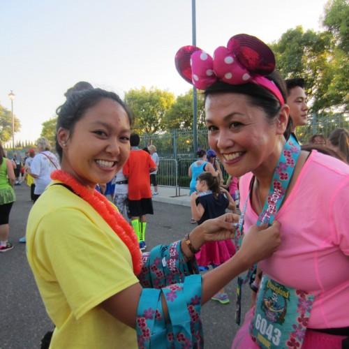 2014-Disneyland-5K-Minnie-Paulie-Medal-6