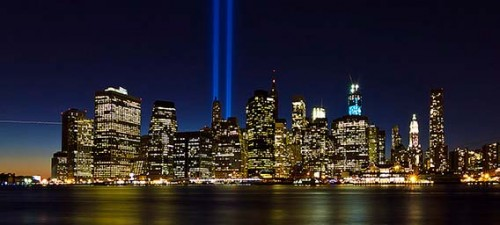 9-11-tribute-in-lights-2014