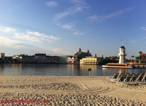 Disney-Friendship-Boat-Crescent-Lake-2