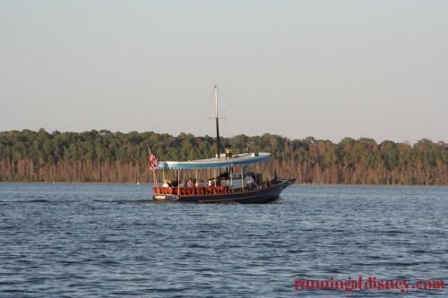 Disney-Magic-Kingdom-Bay-Lake-Boats