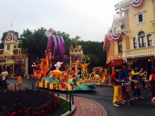 drummers-2014-Disneyland-Half-Marathon