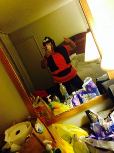 goofy mirror-2014-Disneyland-Half-Marathon