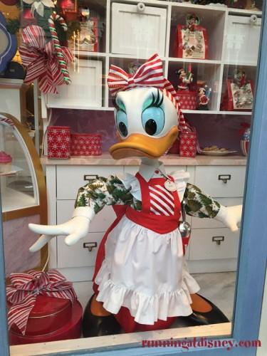 Mickeys-Very-Merry-Christmas-Party-1