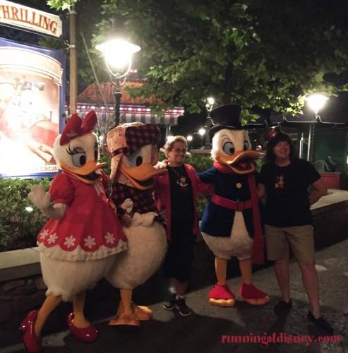 Mickeys-Very-Merry-Christmas-Party-7