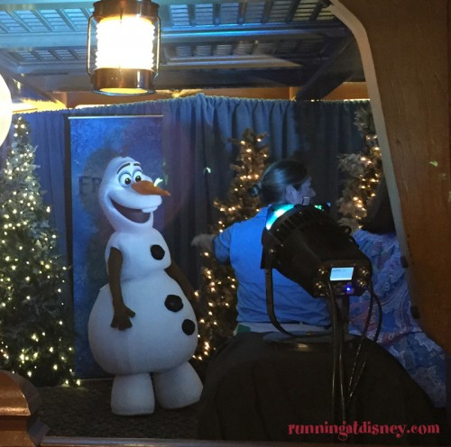 Mickeys-Very-Merry-Christmas-Party-9