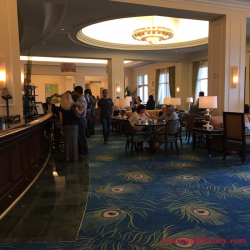 Waldorf-Astoria-Orlando-Marathon-Weekends-Peacock-Bar