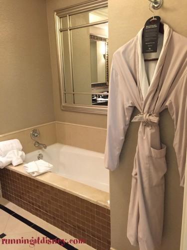 Waldorf-Astoria-Orlando-Marathon-Weekends-Robe