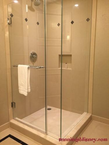 Waldorf-Astoria-Orlando-Marathon-Weekends-Shower