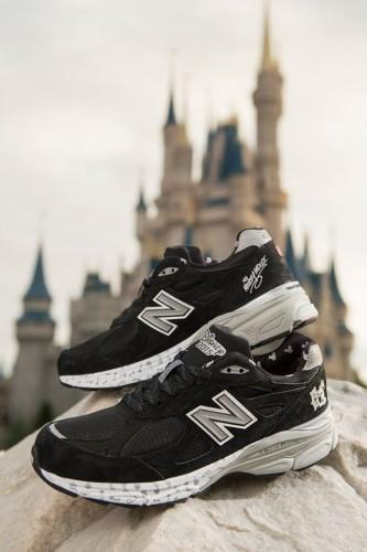 2015-runDisney-New-Balence-Mens-Mickey-Shoe