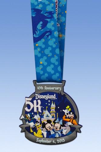 2015-Disneyland-Half-Marathon-5K-Medal