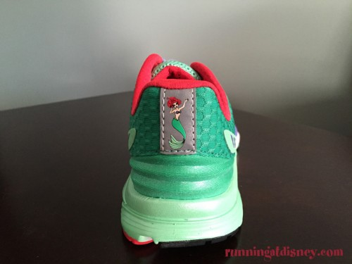 2016-runDisney-New-Balance-Vazee-11